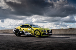 Bentley Continental GT 2020 Wallpaper
