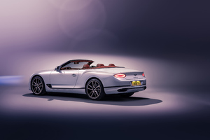 Bentley Continental GT Convertible 2019 Rear