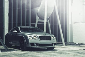 Bentley Continental Matte Wallpaper