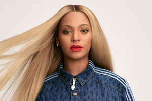Beyonce US Harpers Bazaar Wallpaper