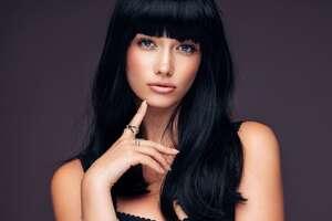 Black Hair Model 8k