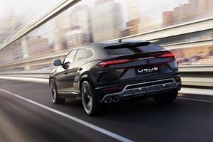 Black Lamborghini Urus Rear Side 2018 Wallpaper