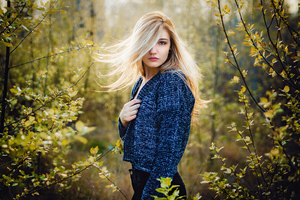 Blonde Beautiful Girl Hair On Face 4k