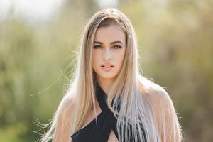 Blonde Girl Glance Beauty 5k Wallpaper