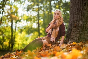 Blonde Girl Sitting Autumn 4k