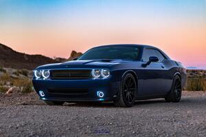 Blue Dodge Challenger 5k