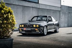 BMW M3 E30 3 Series Black Coupe