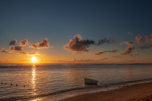Boat Sea Beach Sunset 5k