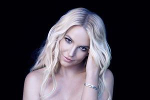 Britney Spears 8k Wallpaper