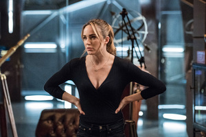 Caity Lotz In Legends Of Tomorrow Season 3 2018 Wallpaper