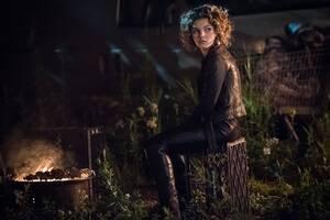 Camren Bicondova Gotham Season 4 2017