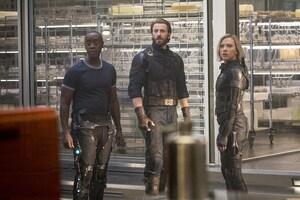 Captain Black Widow Rhode Avengers Infinity War 2018