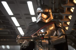Captain Phasma In Star Wars Wallpaper