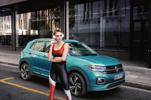 Cara Delevingne VW T Cross 2019