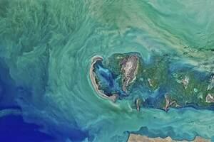Caspian Sea 8k