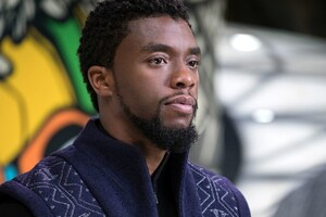 Chadwick Boseman Black Panther Wallpaper