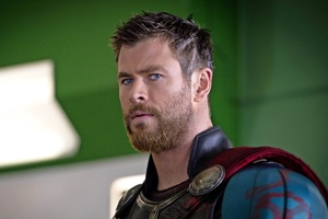 Chris Hemsworth New Look In Thor Ragnarok