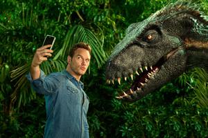 Chris Pratt In Jurassic World Fallen Kingdom Entertainment Weekly
