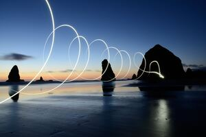 Circle Shape Art Beach Wallpaper