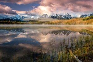 Cloud Lake Reflection Mountain