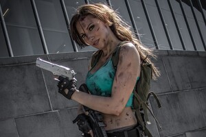 Cosplay Of Lara Croft Wallpaper