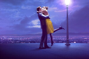 Couple Kissing 4k Ryan Gosling Emma Stone Wallpaper
