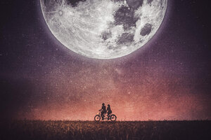 Couple On Cycle Wallpaper