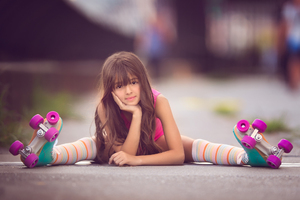 Cute Little Girl Skater Wallpaper