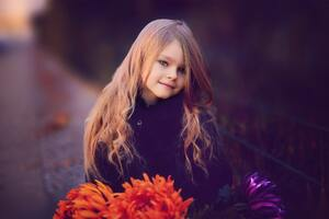 Cute Little Girl With Flowers Wallpaper