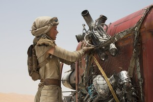 Daisy Ridley Star Wars 3 Wallpaper