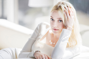 Dakota Fanning New 2019 Wallpaper