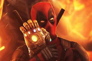 Deadpool Loving Infinity Gauntlet