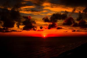 Deep Red Sunset Seashore 4k Wallpaper