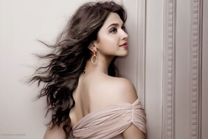Deepika Padukone 1 Wallpaper