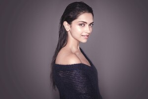 Deepika Padukone 4 Wallpaper