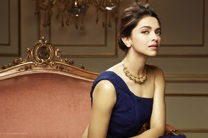 Deepika Padukone 5 Wallpaper