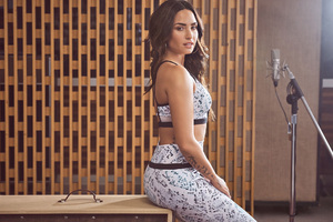 Demi Lovato Fabletics 2018 Wallpaper