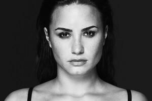Demi Lovato Monochrome