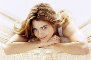 Denise Richards Smile 5k Wallpaper