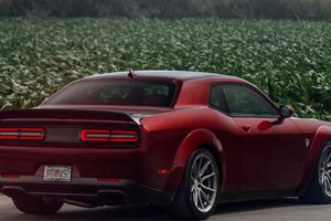 Dodge Challenger Srt Hellcat 5k