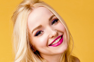 Dove Cameron Cute Smile 4k