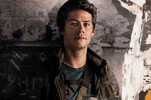 Dylan O Brien In Maze Runner The Death Cure 2018 Wallpaper