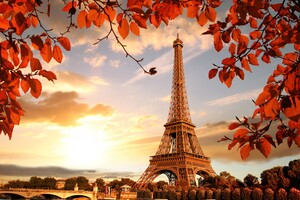Eiffel Tower Autumn Season 4k 5k Wallpaper