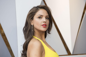 Eiza Gonzalez New Wallpaper