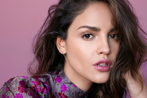 Eiza Gonzalez Vogue Mx Photoshoot Wallpaper