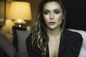 Elizabeth Olsen 2019 New Wallpaper