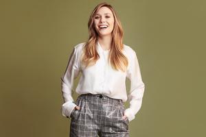 Elizabeth Olsen Buzzfeed Photoshoot 2019 Wallpaper