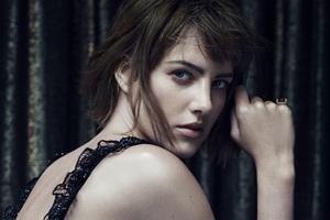 Elle Magazine Model Wallpaper