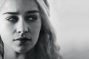 Emilia Clarke Game Of Wallpaper