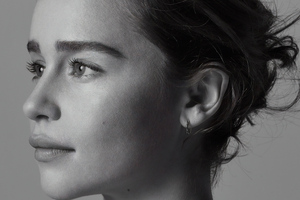 Emilia Clarke Portrait For Sameyou Charity Wallpaper